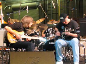 Mike Stern & Stuart Redd take a moment to jam. UNF Jacksonville